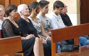 Foto: Funeral en Ibiza en memoria de Concha García Campoy