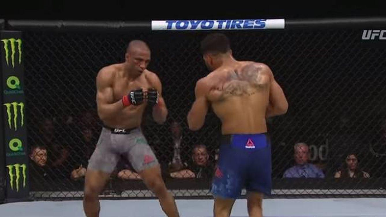 UFC Atlantic City: la táctica silbada en la grada para asfixiar con 60 golpes a Barboza