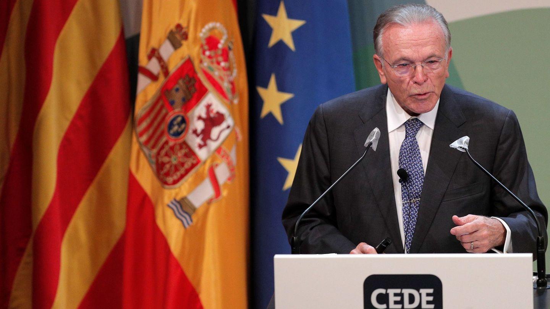 El presidente de la Fundación la Caixa, Isidre Fainé, durante su intervención en el congreso. (EFE)