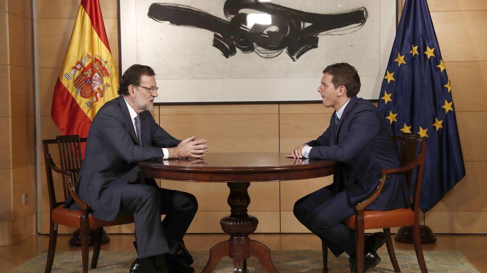Foto: El presidente del Gobierno en funciones, Mariano Rajoy, y el líder de Ciudadanos, Albert Rivera. (EFE)