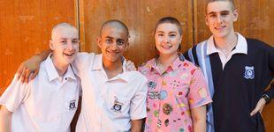 Post de Los más solidarios: alumnos de instituto logran 24.000 € afeitándose la cabeza