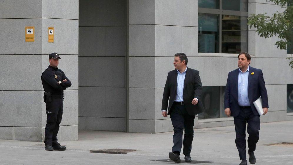 Foto: El exvicepresidente de la Generalitat de Cataluña, Oriol Junqueras, a su llegada a la sede de la Audiencia Nacional el pasado mes de octubre. (EFE)