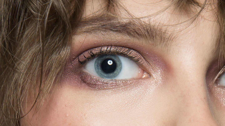 Que la última sombra en los ojos sea la del maquillaje. (Imaxtree)