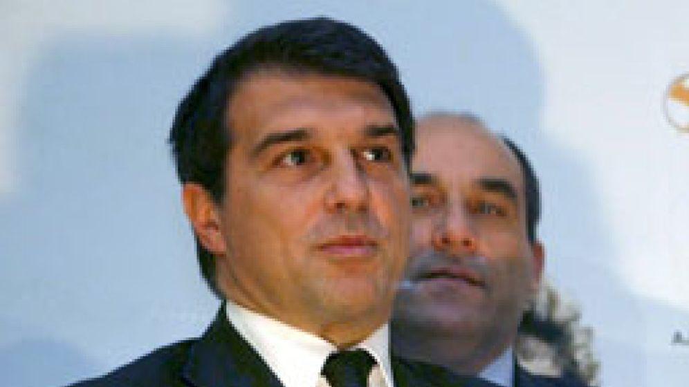 Foto: Laporta: Queremos renovar el contrato de Eto'o, pero no a cualquier precio