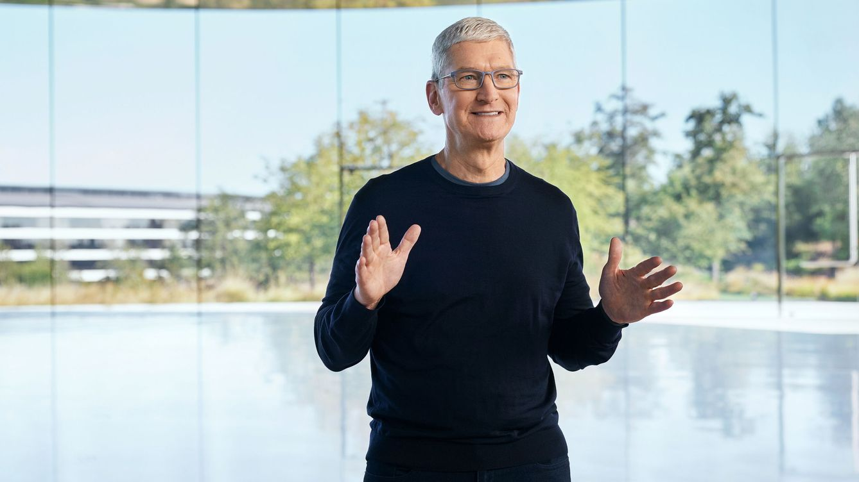 Tim Cook, CEO de Apple: esclerosis, salida del armario y un gesto noble con Steve Jobs