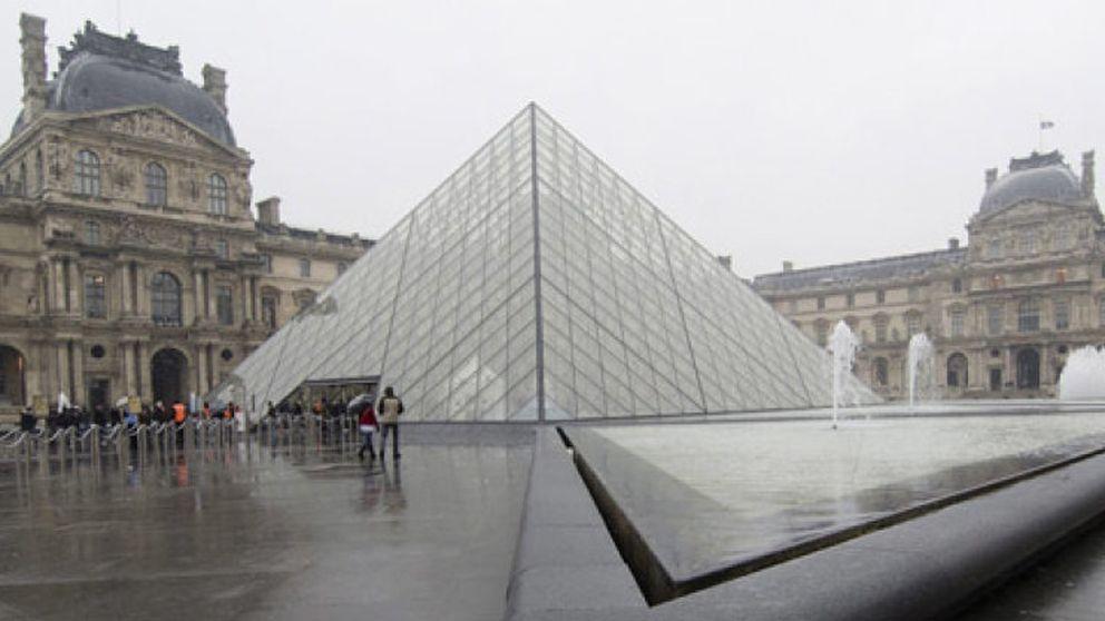 El Louvre cierra 24 horas por el aumento de los carteristas