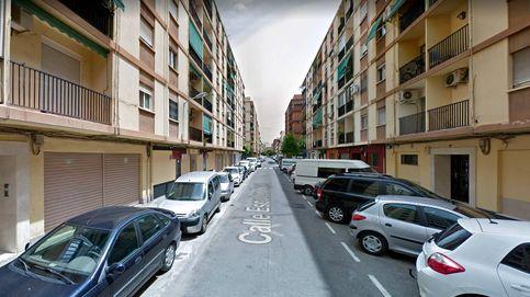 Muere en Valencia al intentar entrar en la casa de su exnovia por la ventana