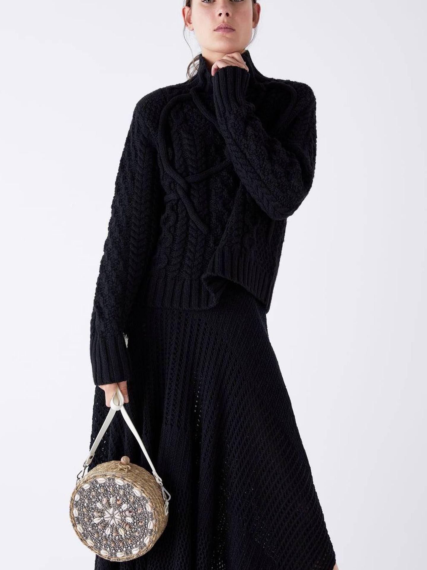 De esparto, con conchas y en tamaño mini (39,95 €), de Zara. (Cortesía)