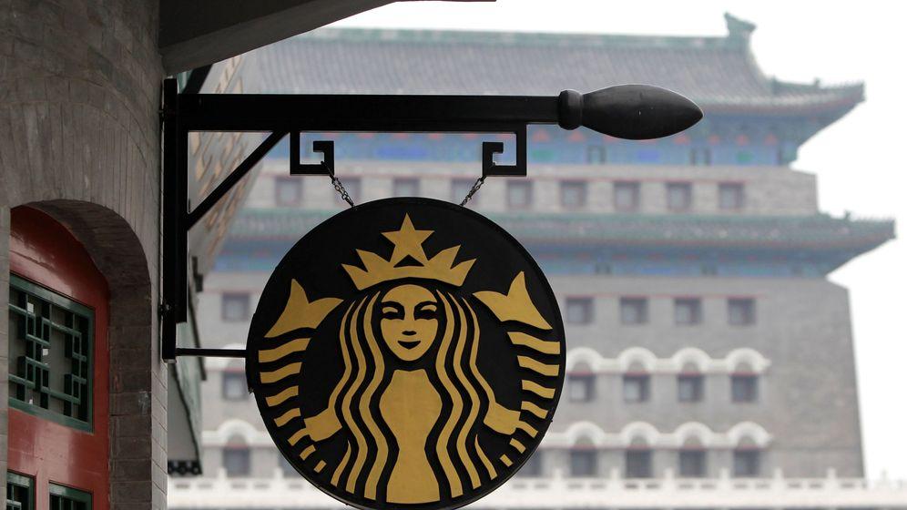 Foto: El logo de un Starbucks en China. (Reuters)