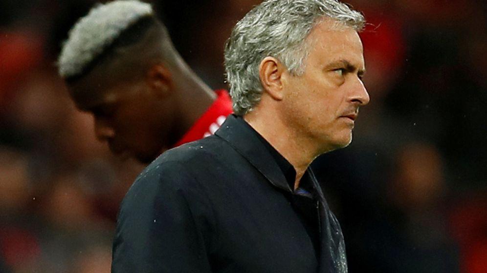 Foto: Mourinho-Pogba, un desencuentro que confirma que el United es un polvorín. (Reuters)