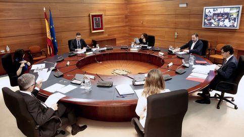 Moncloa niega alarma añadida y errores: el cierre de país se hace para no saturar las UCI