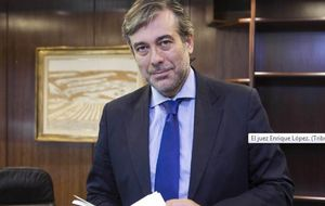 El juez Enrique López ya planea su boda para septiembre