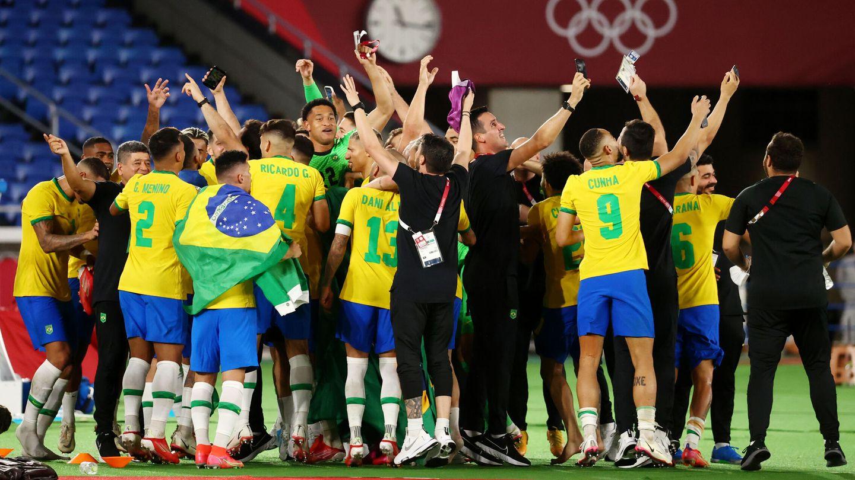 Brasil celebra la victoria. (Reuters)