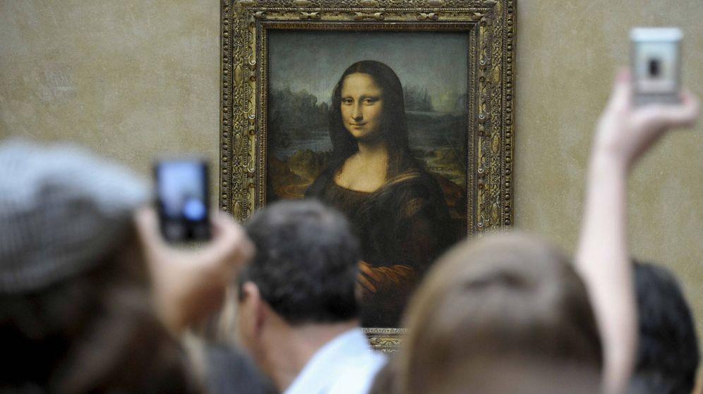 Foto: La Mona Lisa, una de las obras de arte más visitadas del Museo del Louvre en París, en 2011 (EFE)