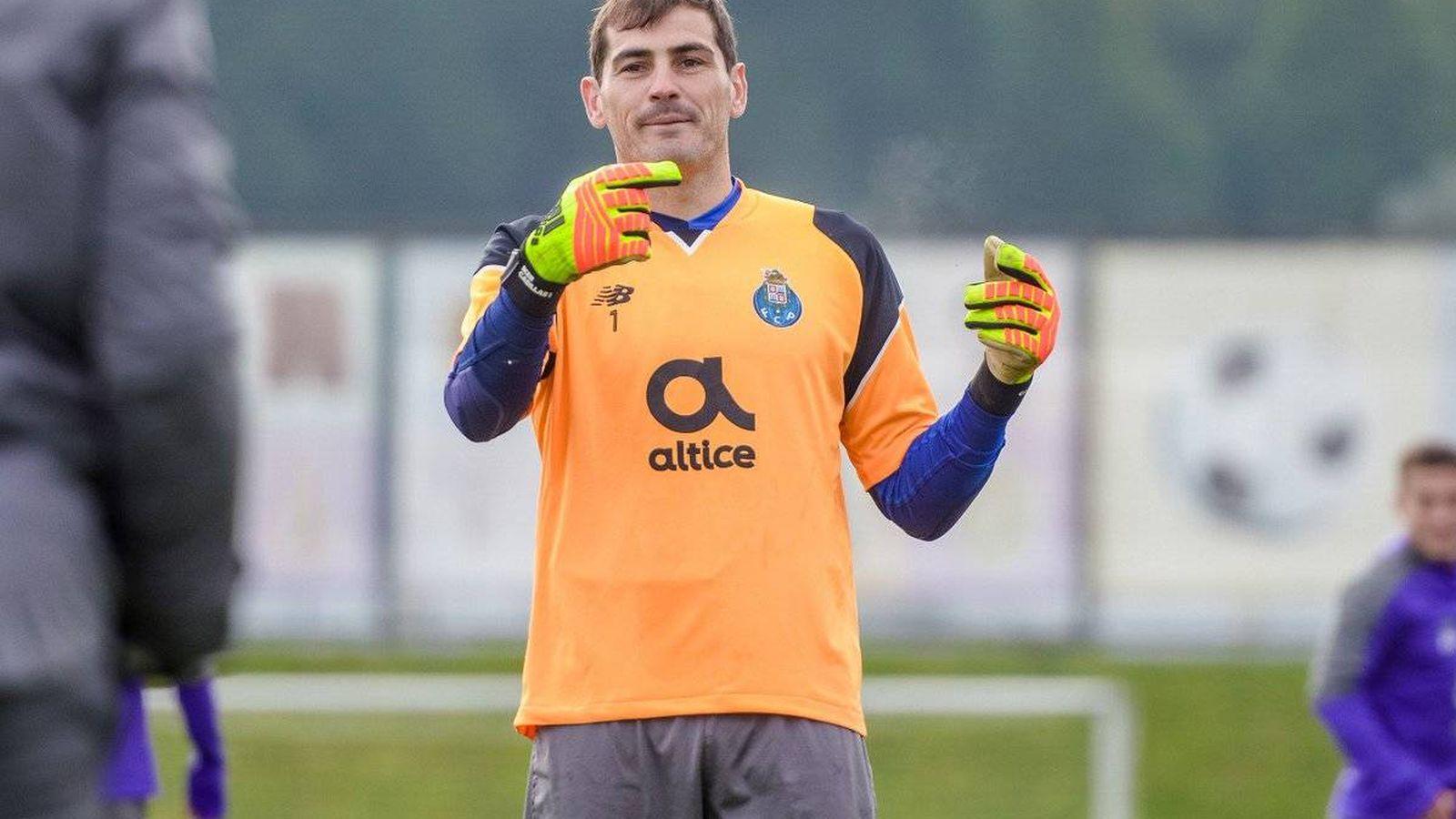 Foto: Iker Casillas en un entrenamiento con el Oporto.