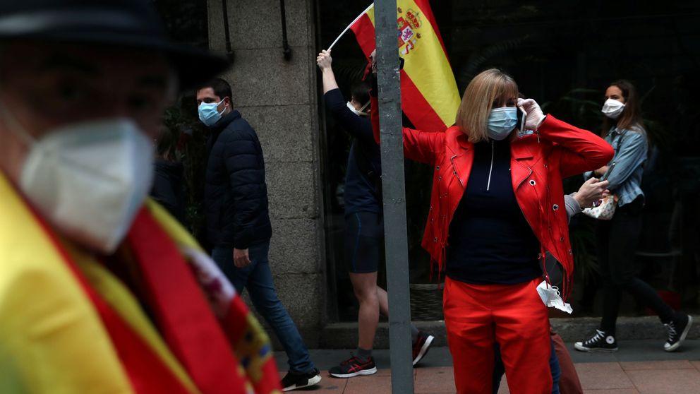 Protestas y caceroladas en algunas zonas de Madrid para criticar al Gobierno