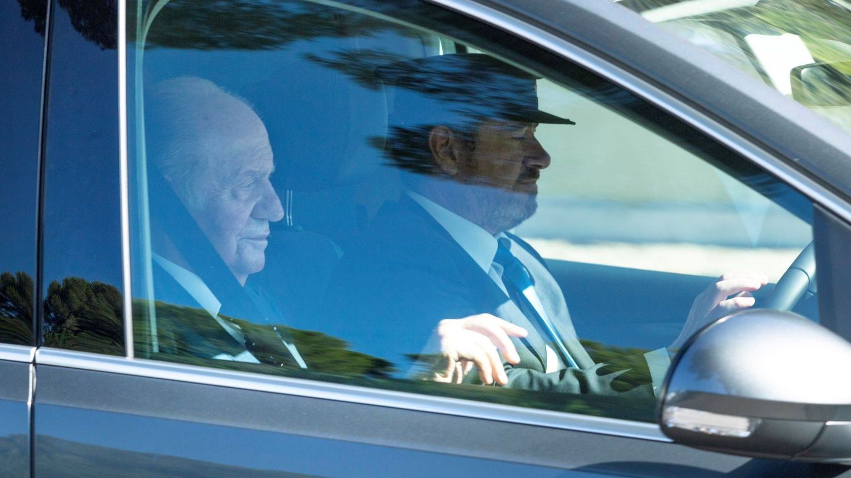 El rey Juan Carlos, en la boda de su amigo Rafa Nadal. (EFE)