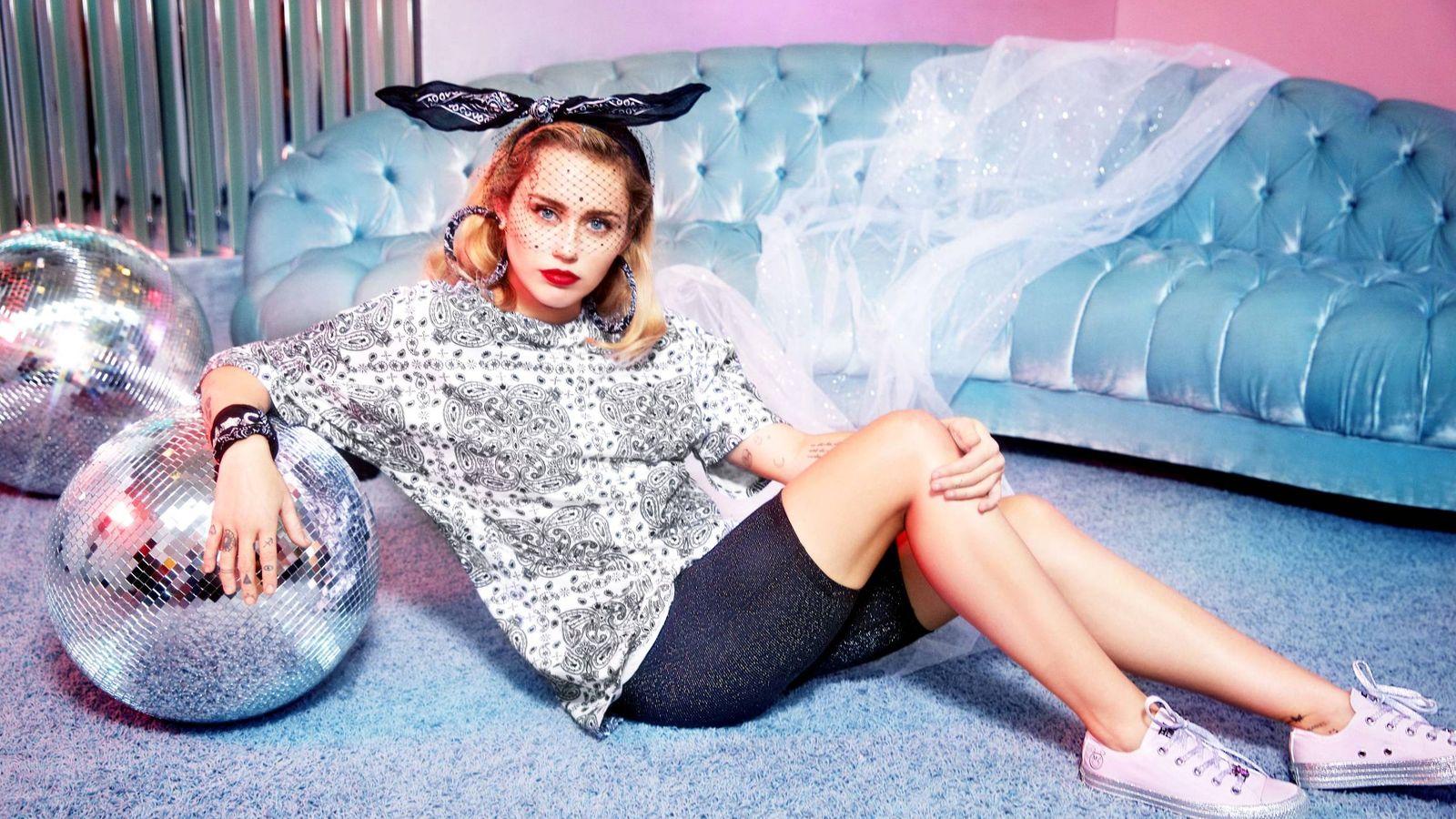 Foto: Miley Cyrus x Converse.