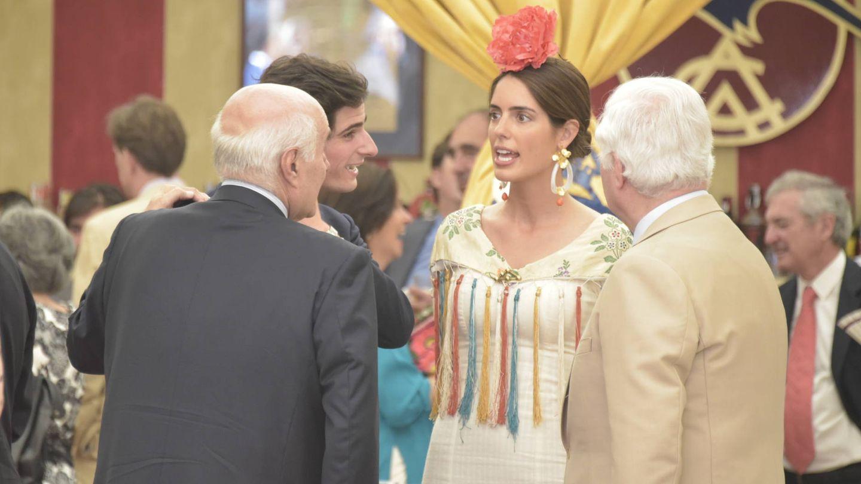 Sofía Palazuelo, el duque de Alba y el duque de Huéscar. (Archivo)
