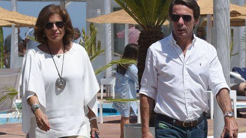 Ana Botella y José Maria Aznar se saltan la dieta en 'El Charoles'