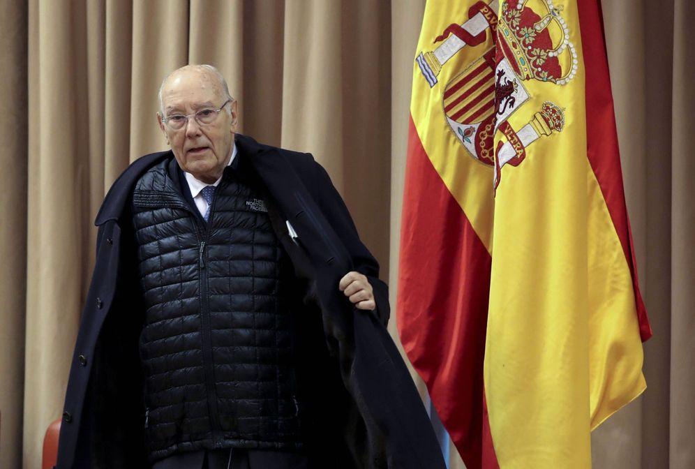 Foto: José Manuel Romay Beccaría, presidente del Consejo de Estado, el pasado 17 de enero a su llegada a la comisión territorial en el Congreso. (EFE)