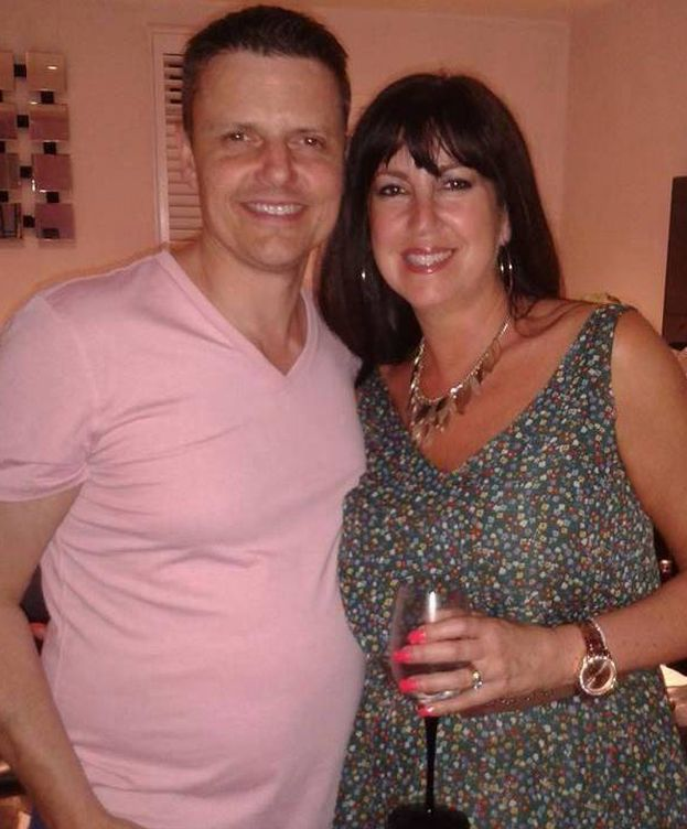 Encuentro a mi mujer con su mejor amiga [PUNIQRANDLINE-(au-dating-names.txt) 27