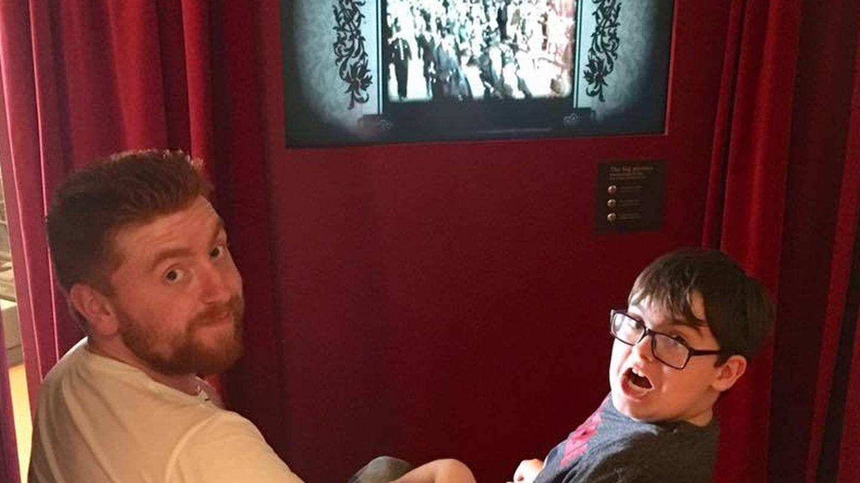 Dean podrá disfrutar de su gran pasión por el cine. (Foto: Facebook)