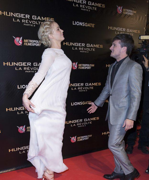 Foto: Jennifer Lawrence levita ante Johs Hutcherson.