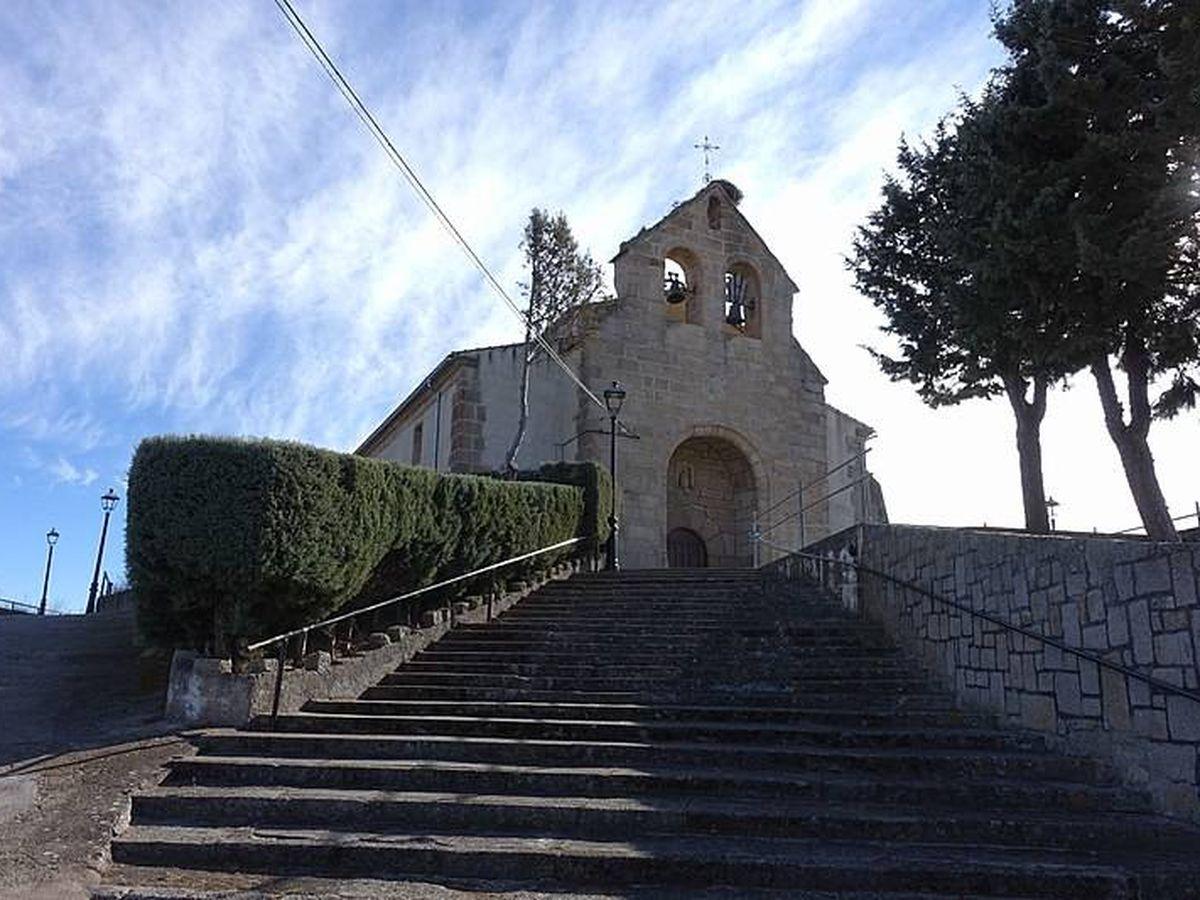 Foto: Iglesia de San Silvestre situada en Ituero de Azaba, Salamanca