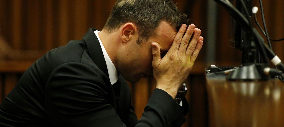 Foto: Oscar Pistorius en una imagen del juicio celebrado este miércoles (I.C.)