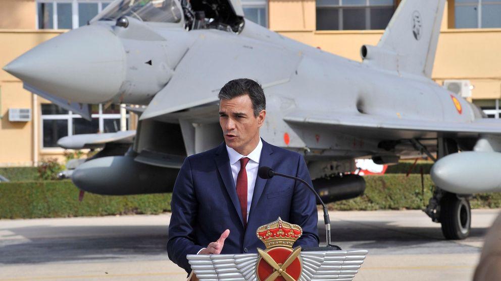 Sánchez se estrena como presidente en el desfile de la Fiesta Nacional del 12-O
