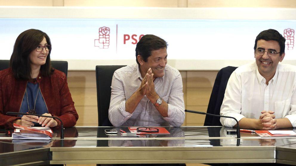 La gestora ya solo debate cómo dar paso a Rajoy: abstención de 11 diputados o todo el grupo