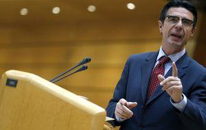 Soria planta a la eólica el día que el BOE publica su 'castigo' al sector