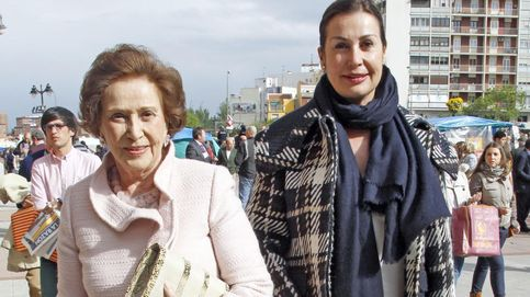 Carmen Franco regresa a El Pardo 40 años después para una jura de bandera