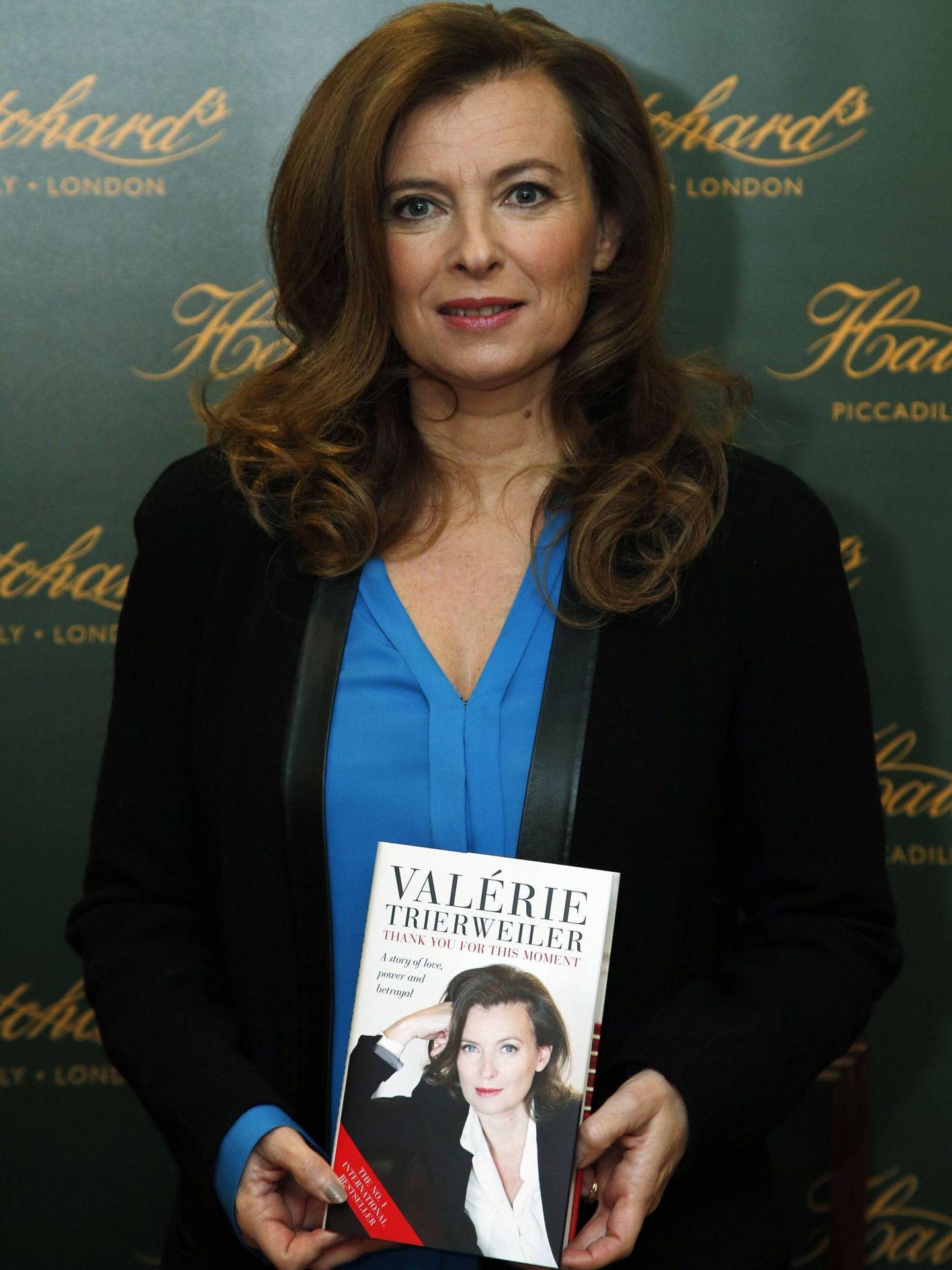 Trierweiler, presentando su libro en Londres. (CP)