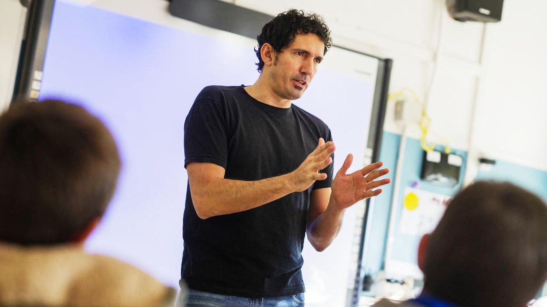Foto: César Bona ha sido el único finalista español entre los 50 candidatos al Global Teacher Prize.