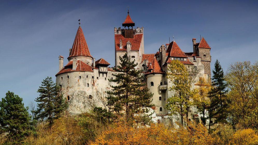 Foto: El mítico Castillo de Bran, en el que Bram Stoker se inspiró para 'fabricar' la guarida del Conde Drácula.