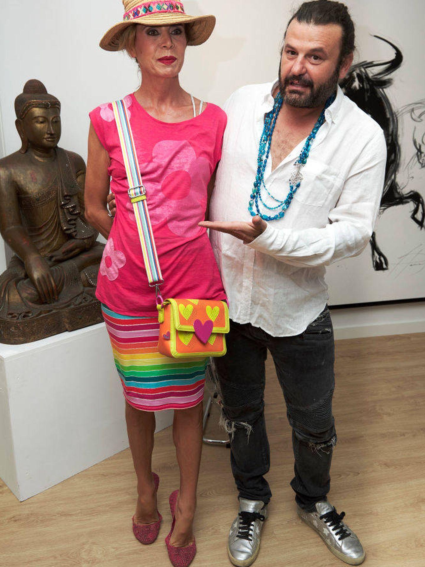 Ágatha Ruiz de la Prada, con Domingo Zapata, en una imagen de archivo. (Getty)