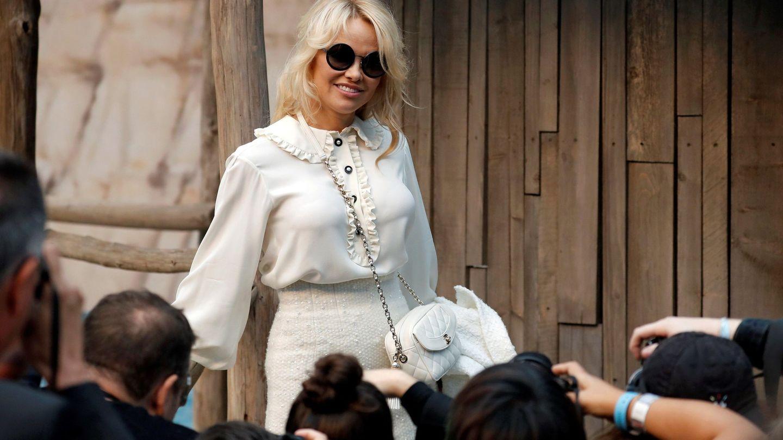 Pamela Anderson en la Semana de la Moda de París, el pasado octubre. (EFE)