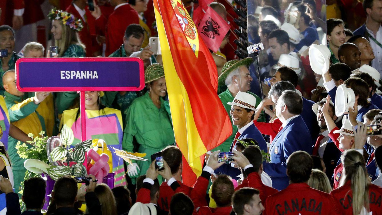 España no tiene Gobierno, pero sí a Nadal para llevar alta su bandera en Río
