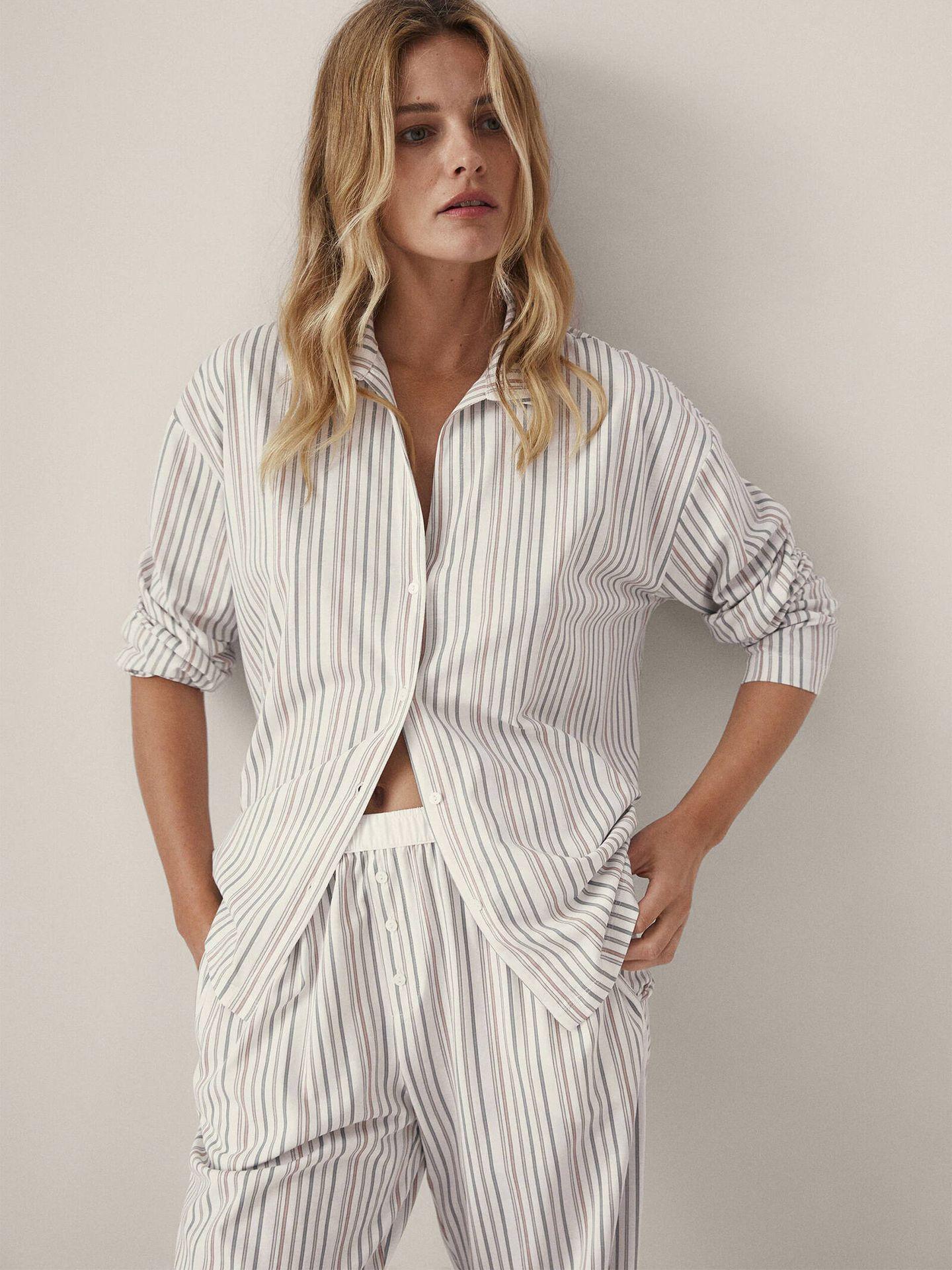 Conjunto de pijama de la nueva sección de lencería y homewear de Massimo Dutti. (Cortesía)
