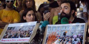 Los indignados rechazan la violencia, pero evitan hacer autocrítica