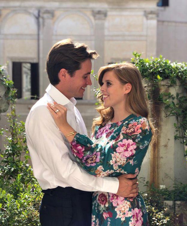Foto: La princesa Beatriz y Edoardo Mapelli. (Reuters)