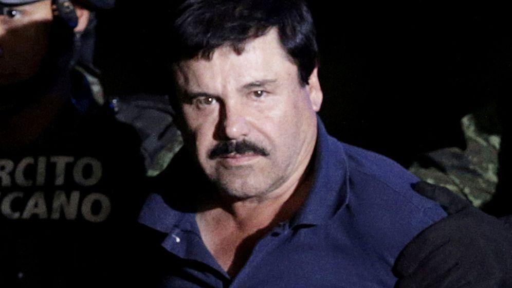 Foto: El 'Chapo', durante su detención en el aeropuerto de México en 2016. (Reuters)