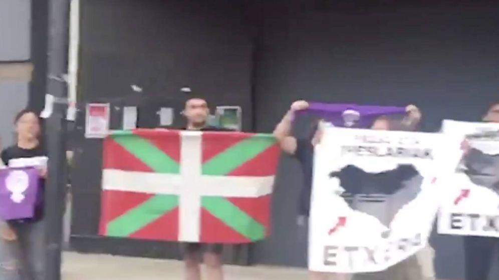Foto: Captura de uno de los vídeos compartidos en redes sociales por PP+Cs en Zaldibar.