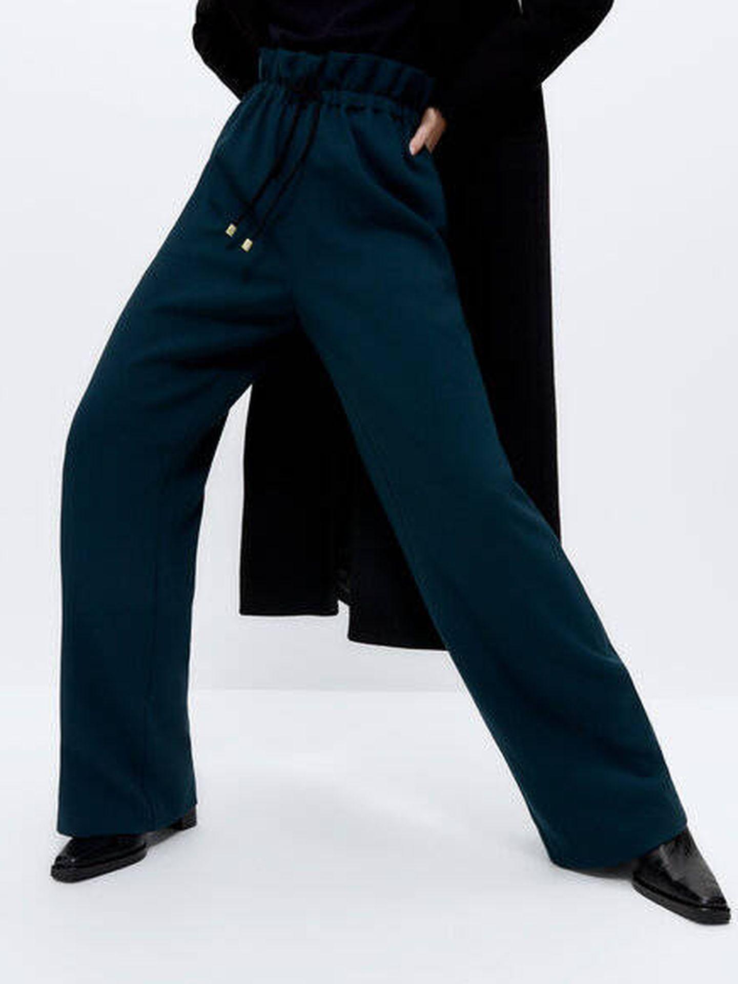Pantalón jogger de Uterqüe. (Cortesía)