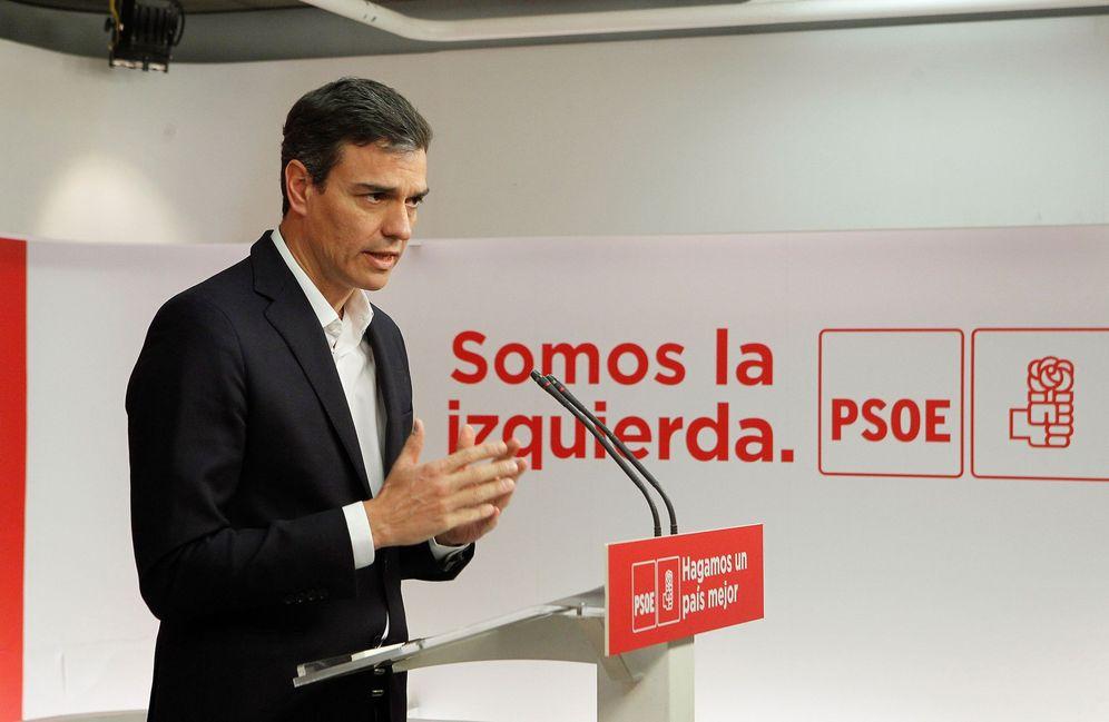 Foto: Pedro Sánchez, durante su rueda de prensa este 20 de abril en Ferraz. (EFE)