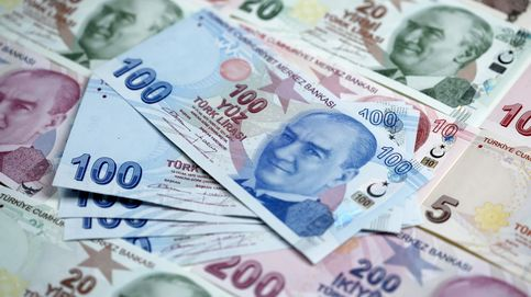 La lira turca cae a mínimos históricos y las divisas de Malasia e Indonesia vuelven a 1998