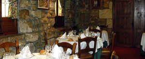 Casa Juaneca, guisos y asados también con calor