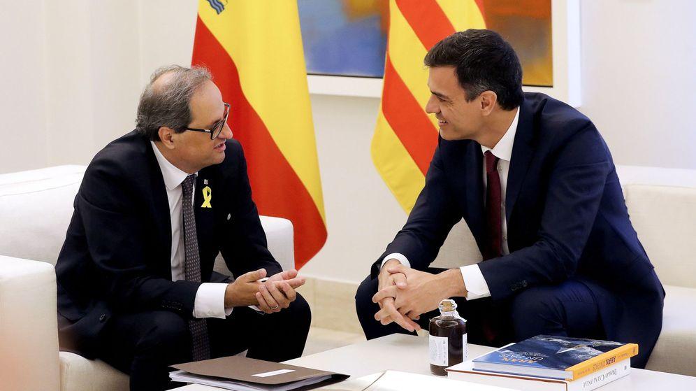 Foto: El presidente del Gobierno, Pedro Sánchez, y el 'president' de la Generalitat, Quim Torra, en La Moncloa. (EFE)